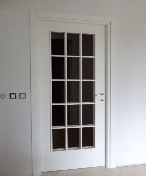 Porte cadre et faux cadre vitrée